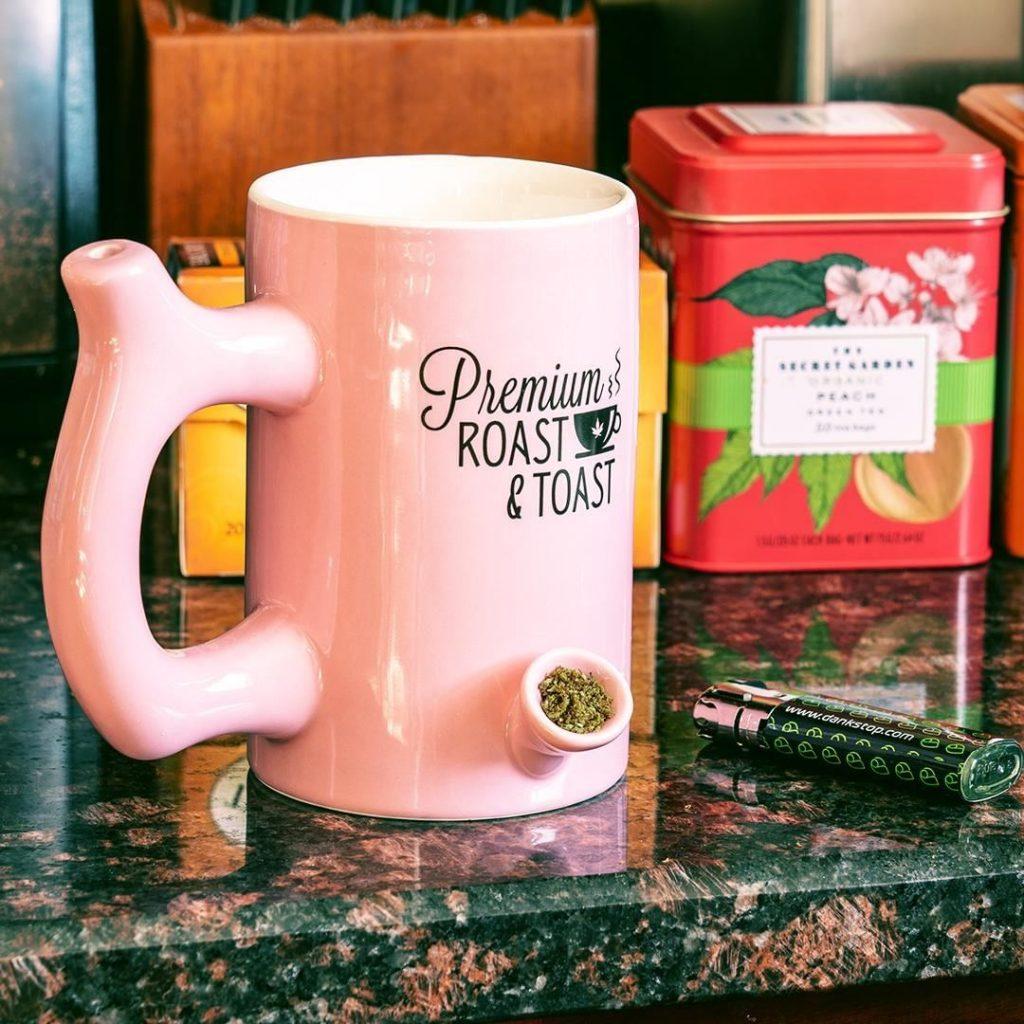 Roast & Toast Ceramic Coffee Mug Pipe
